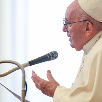 Pope Francis establishes formal ministry of catechesis