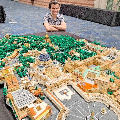 Architect turns 67,000 tiny LEGO pieces into Vatican City replica